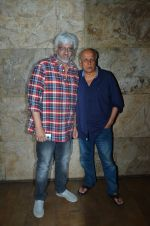 Vikram Bhatt, Mahesh Bhatt at Udta Punjab screening hosted by Alia Bhatt in Lightbox on 16th June 2016 (14)_5763a7b483bd2.JPG