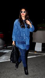 Sonam Kapoor at the airport leaves for London last nite on June 18, 2016