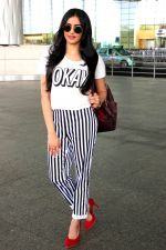Adah Sharma left for Bangkok to shoot the action sequences of her upcoming film Commando 2 on 20th June 2016 (7)_5767a79b0d8c7.JPG