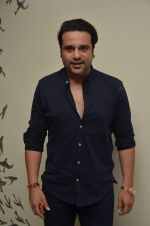 Krishna Abhishek at 50th play of Vandana Sajnani_s Fourplay play in Mumbai on 19th June 2016 (35)_576794b3ed532.JPG