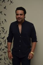 Krishna Abhishek at 50th play of Vandana Sajnani_s Fourplay play in Mumbai on 19th June 2016 (38)_5767945d5d7ea.JPG