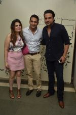 Krishna Abhishek at 50th play of Vandana Sajnani_s Fourplay play in Mumbai on 19th June 2016 (41)_5767945f723f1.JPG