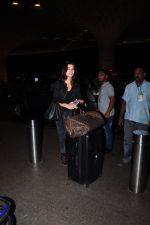 Amy Jackson leave for IIFA day 1 on 20th June 2016