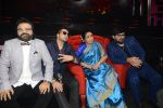 Asha Bhosle, Pritam Chakraborty, Mika Singh, Wajid on the sets of SAREGAMA on 21st June 2016 (43)_57694cb07bd86.JPG