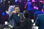 Mika Singh, Wajid on the sets of SAREGAMA on 21st June 2016 (11)_57694c8bb8054.JPG
