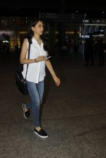 Priya Ranchal snapped at airport in Mumbai on 20th June 2016 (18)_5768b6536dd3b.JPG
