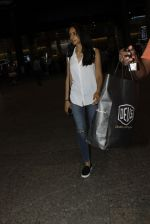 Priya Ranchal snapped at airport in Mumbai on 20th June 2016 (19)_5768b65423a14.JPG