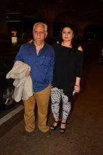 Ramesh Sippy, Kiran Juneja leave for IIFA day 1 on 20th June 2016 (1)_5768ba33c0441.JPG