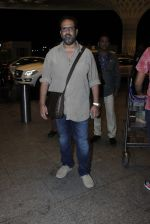 Anand L Rai leaves for IIFA on Day 2 on 21st June 2016(141)_576a219212926.JPG