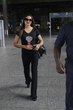 Bipasha Basu leaves for IIFA on Day 2 on 21st June 2016