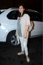 Dia Mirza leaves for IIFA on Day 2 on 21st June 2016(321)_576a22453c24b.JPG