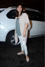 Dia Mirza leaves for IIFA on Day 2 on 21st June 2016(325)_576a2249d0e78.JPG