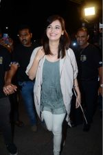 Dia Mirza leaves for IIFA on Day 2 on 21st June 2016(345)_576a2254dd110.JPG