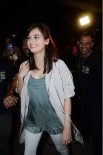 Dia Mirza leaves for IIFA on Day 2 on 21st June 2016(347)_576a226824094.JPG