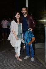 Dia Mirza, Sahil Sangha leaves for IIFA on Day 2 on 21st June 2016(324)_576a2257b8d2a.JPG