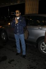 Gulshan Grover leaves for IIFA on Day 2 on 21st June 2016(218)_576a2278d56b6.JPG