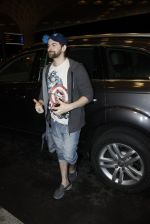 Neil Mukesh leaves for IIFA on Day 2 on 21st June 2016