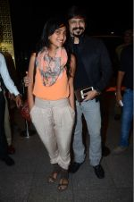Priyanka Alva, Vivek Oberoi leaves for IIFA on Day 2 on 21st June 2016(416)_576a2326779e8.JPG