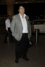 Randhir Kapoor leaves for IIFA on Day 2 on 21st June 2016(125)_576a236599b3a.JPG