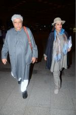 Shabana Azmi, Javed Akhtar leaves for IIFA on Day 2 on 21st June 2016(330)_576a236f22d25.JPG