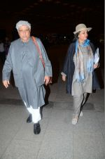 Shabana Azmi, Javed Akhtar leaves for IIFA on Day 2 on 21st June 2016(337)_576a2371740d2.JPG