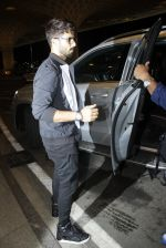 Shahid Kapoor leaves for IIFA on Day 2 on 21st June 2016