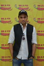 Shiv Pandit at Radio Mirchi for 7 hours to go on 22nd June 2016 (9)_576a9fc83e78a.JPG
