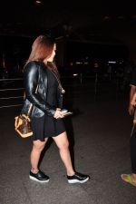 leaves for IIFA on 21st June 2016 on Day 2(28)_576a215e717e2.JPG