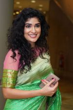 Anjala Zaveri at An Ode To Weaves and Weavers Fashion show at HICC Novotel, Hyderabad on June 21, 2016 (1)_576be26d1b168.JPG