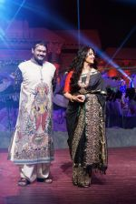 Anushka Shetty at An Ode To Weaves and Weavers Fashion show at HICC Novotel, Hyderabad on June 21, 2016 (65)_576bde4ac9680.JPG