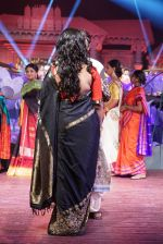 Anushka Shetty at An Ode To Weaves and Weavers Fashion show at HICC Novotel, Hyderabad on June 21, 2016 (120)_576bdeb85180e.JPG
