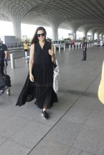 Neha Dhupia snapped at airport in Mumbai on 22nd June 2016 (12)_576b89a7ee7e0.JPG