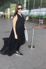 Neha Dhupia snapped at airport in Mumbai on 22nd June 2016 (16)_576b89ace9f93.JPG