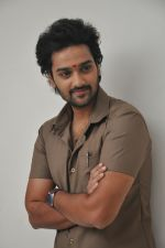 Sumanth Ashwin Photoshoot (108)_576bef525ce92.jpg