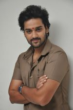 Sumanth Ashwin Photoshoot (109)_576bef58d1f3e.jpg