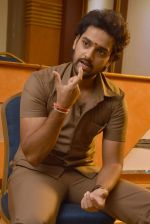Sumanth Ashwin Photoshoot (127)_576bef7d32830.jpg