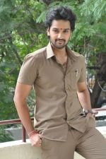 Sumanth Ashwin Photoshoot (145)_576befa450152.jpg