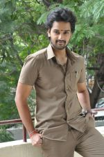 Sumanth Ashwin Photoshoot (146)_576befa735de4.jpg