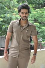 Sumanth Ashwin Photoshoot (149)_576befade7d19.jpg