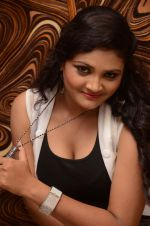 Vasavi Reddy Photoshoot (119)_576bb9a38306a.JPG