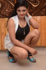 Vasavi Reddy Photoshoot (24)_576bb7e32ce46.JPG