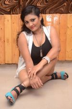 Vasavi Reddy Photoshoot (47)_576bb8c691a92.JPG
