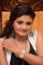 Vasavi Reddy Photoshoot (50)_576bb8d6f229f.JPG