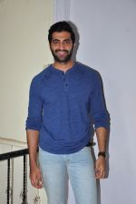Akshay Oberoi at the launch of film The Virgins on 24th June 2016 (3)_576e3895d0de7.JPG