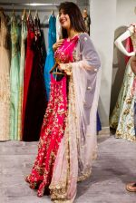 Divyanka Tripathi shopping for wedding at Kalki Fashion_ on June 24, 2016 (2)_576e00ac646f9.jpg