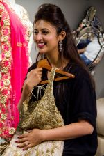 Divyanka Tripathi shopping for wedding at Kalki Fashion_ on June 24, 2016 (7)_576e00b366b85.jpg