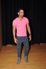 Harshvardhan Rane Visits Barry John_s Acting Institute on June 25, 2016 (10)_576e2e9051042.JPG
