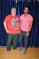 Harshvardhan Rane Visits Barry John_s Acting Institute on June 25, 2016 (14)_576e2e93224d5.JPG