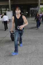 Pulkit Samrat loses his temper at the airport on June 24, 2016