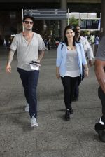 Sunny Leone with husband Daniel Weber at the airport on June 24, 2016 (4)_576e031b19d50.JPG